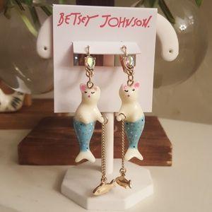 Betsey Johnson Catfish drop earrings